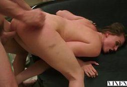 Fadadosexo puta gostosa fodendo sua bela buceta apertada