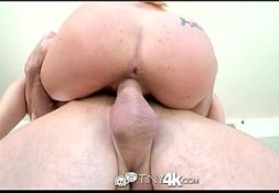 Seu porno loira  magrinha transando gostoso