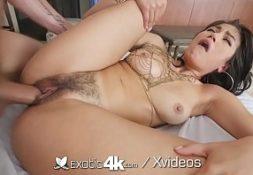 Sex.com morena da buceta grande fodendo